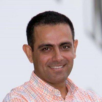 Jacques Bulchand Gidumal, colaborador del MBA en Turismo y Ocio de IMF Business School.